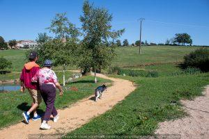 Zou.Loups-Activité-Sport-Nature-Tourisme-Violay-42-Loire-Famille-Vacance